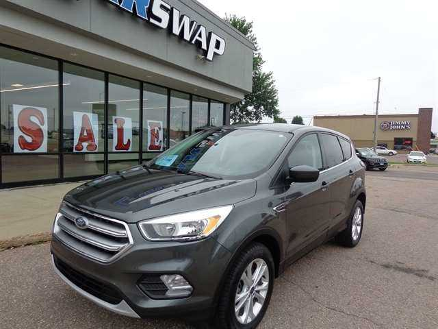 Ford Escape 2017 $16495.00 incacar.com