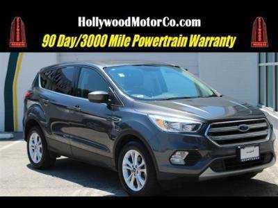 Ford Escape 2017 $13795.00 incacar.com