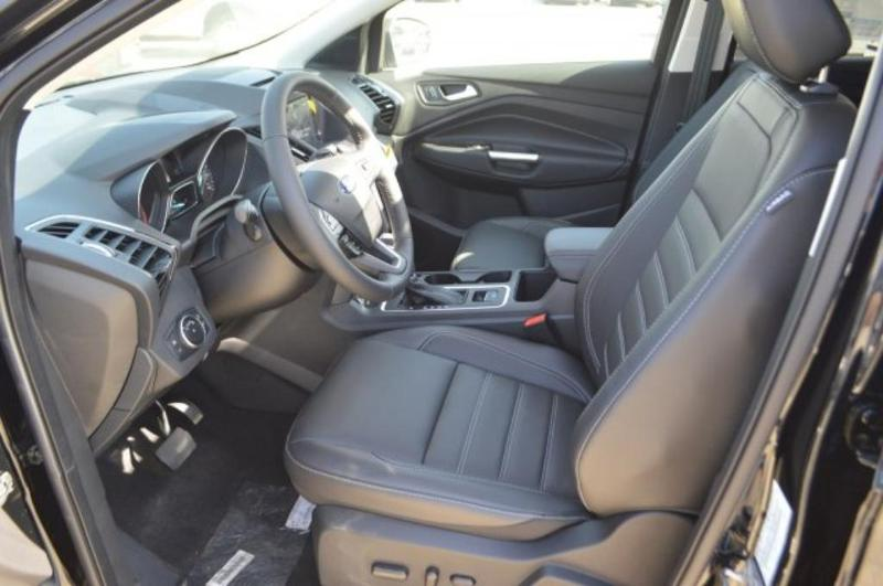 Ford Escape 2018 $28995.00 incacar.com