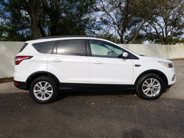Ford Escape 2018 $18500.00 incacar.com