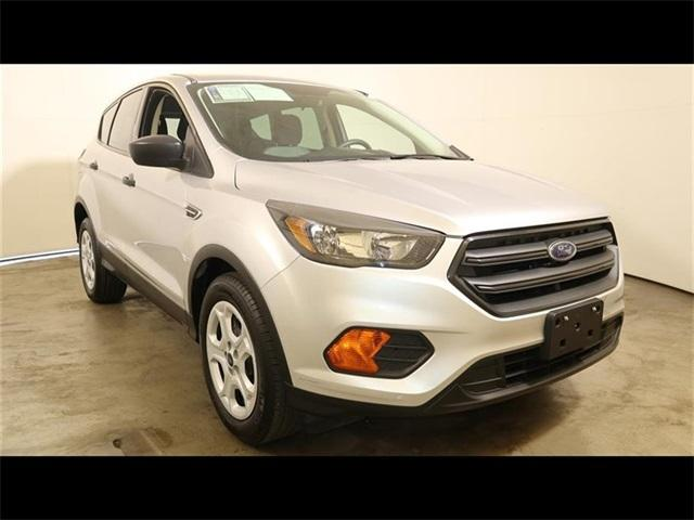 Ford Escape 2018 $17700.00 incacar.com