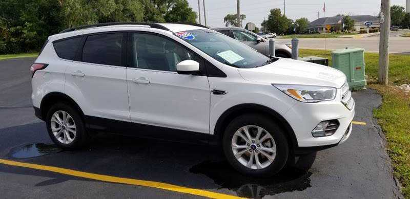 Ford Escape 2018 $17995.00 incacar.com