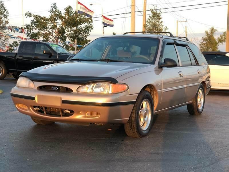 Ford Escort 1998 $2500.00 incacar.com