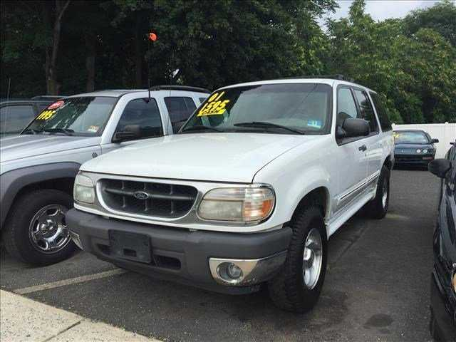 Ford Explorer 2001 $1595.00 incacar.com