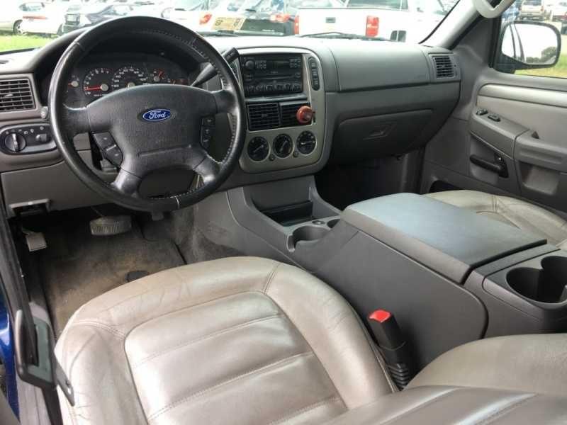 Ford Explorer 2005 $4225.00 incacar.com