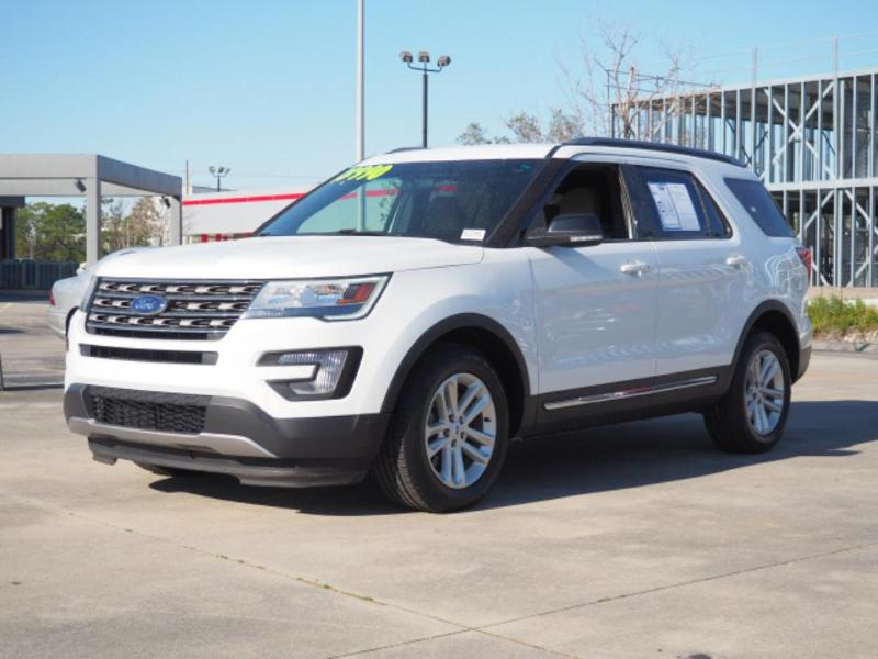 Ford Explorer 2017 $18990.00 incacar.com
