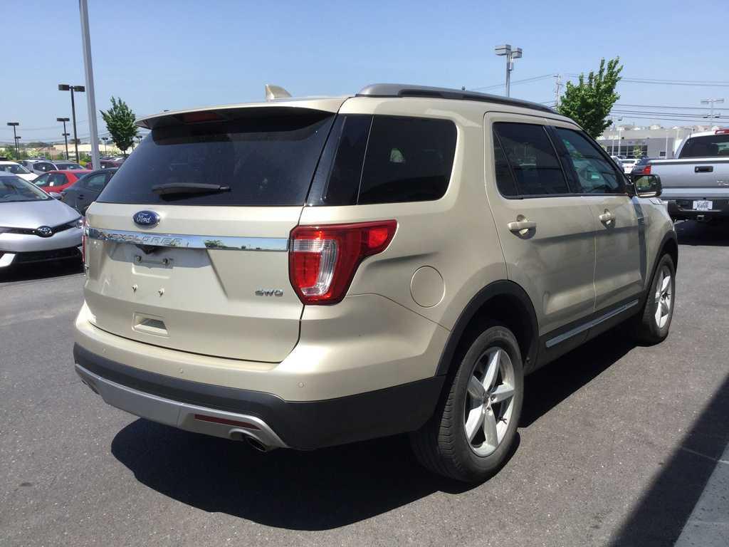 Ford Explorer 2017 $29370.00 incacar.com