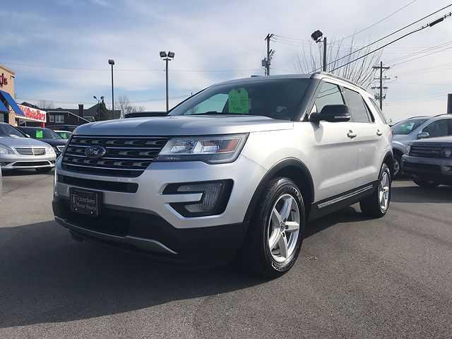 Ford Explorer 2017 $21995.00 incacar.com