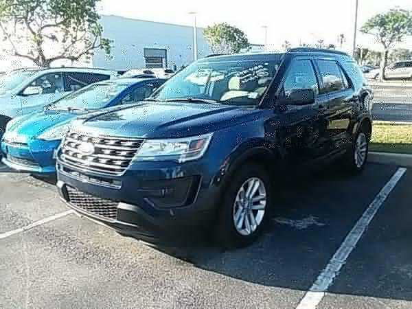 Ford Explorer 2017 $29100.00 incacar.com