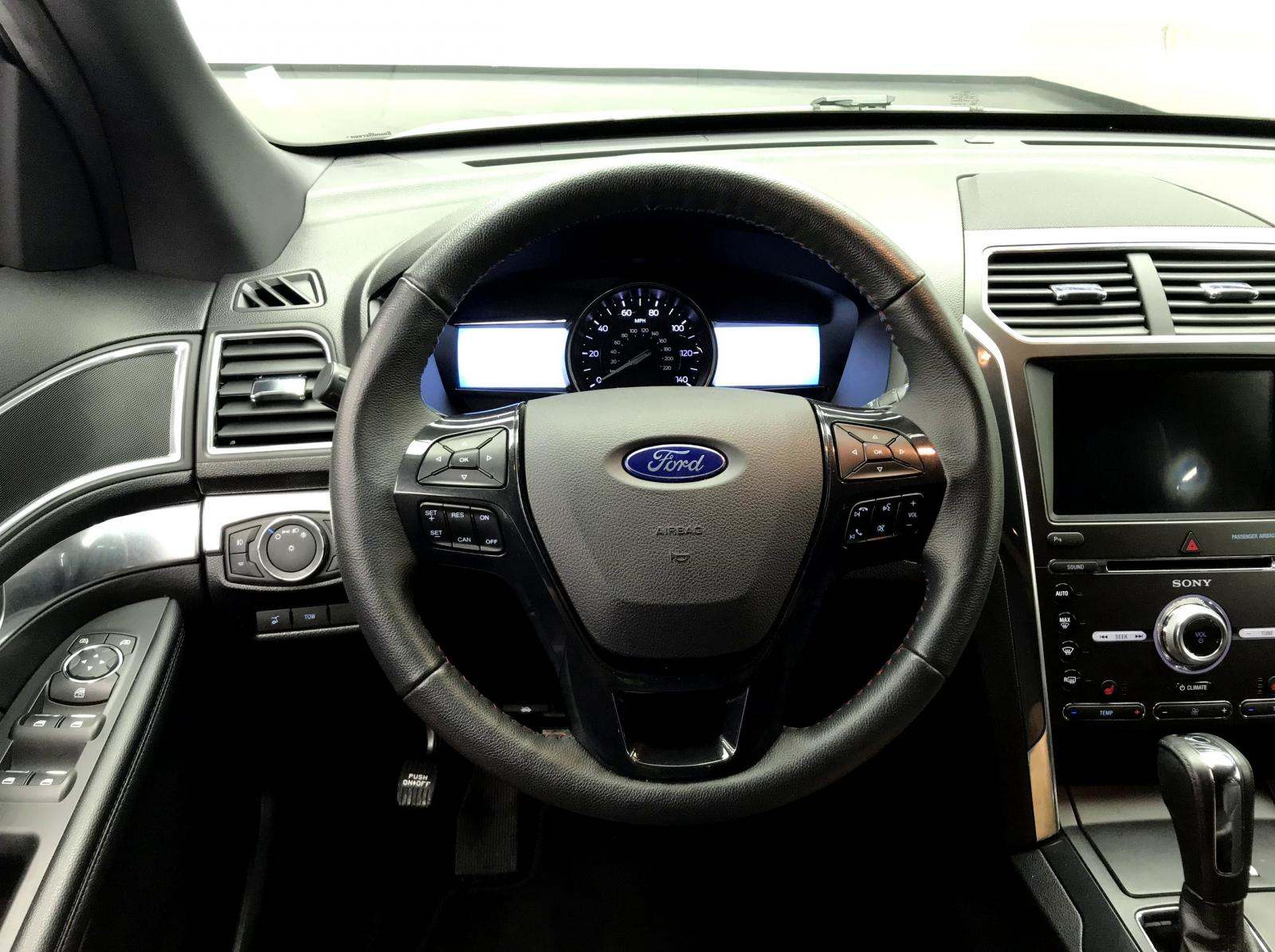 used Ford Explorer 2018 vin: 1FM5K8GT7JGB13687