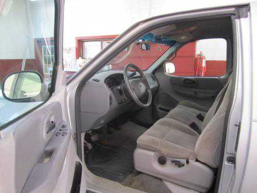 Ford F-150 2001 $1490.00 incacar.com