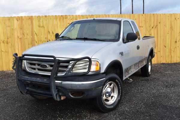 Ford F-150 2003 $4843.00 incacar.com