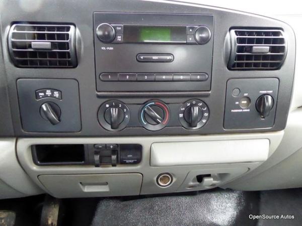 Ford F-350 2006 $9900.00 incacar.com
