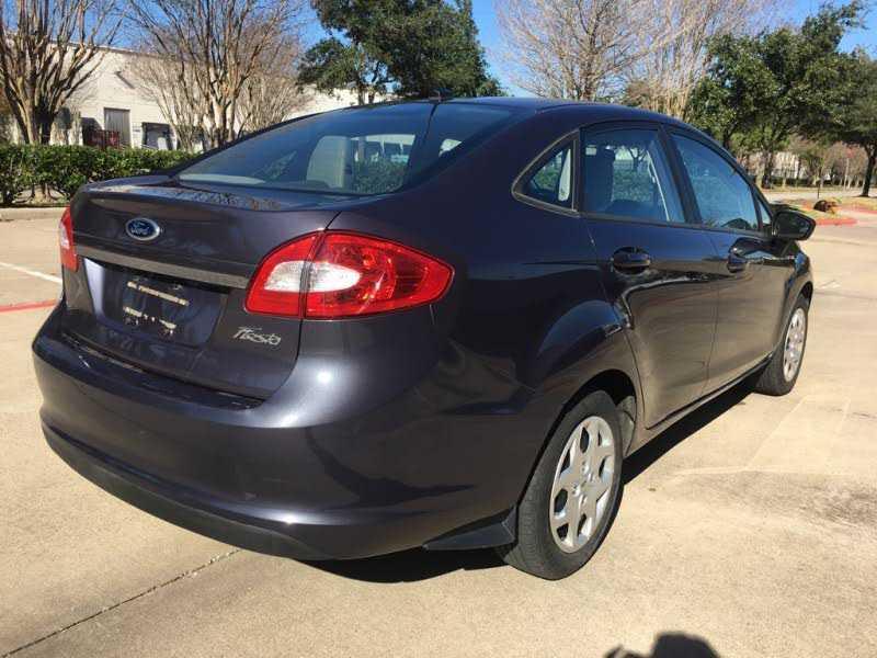 Ford Fiesta 2012 $4500.00 incacar.com