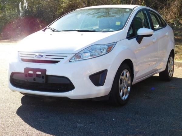 Ford Fiesta 2013 $5491.00 incacar.com
