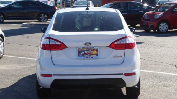 Ford Fiesta 2014 $7395.00 incacar.com