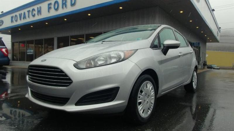 Ford Fiesta 2014 $7676.00 incacar.com