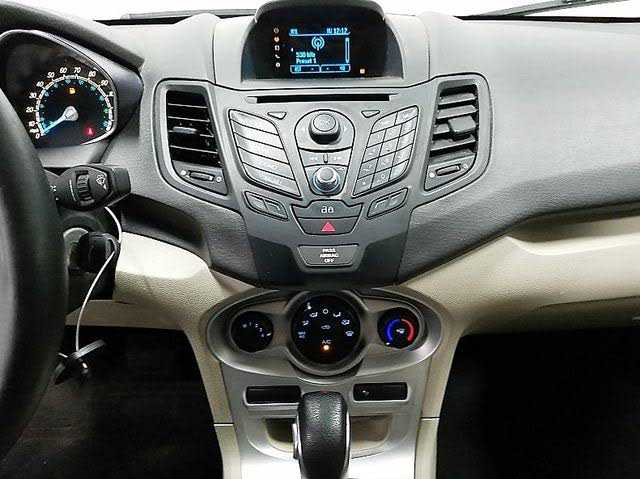Ford Fiesta 2014 $4499.00 incacar.com