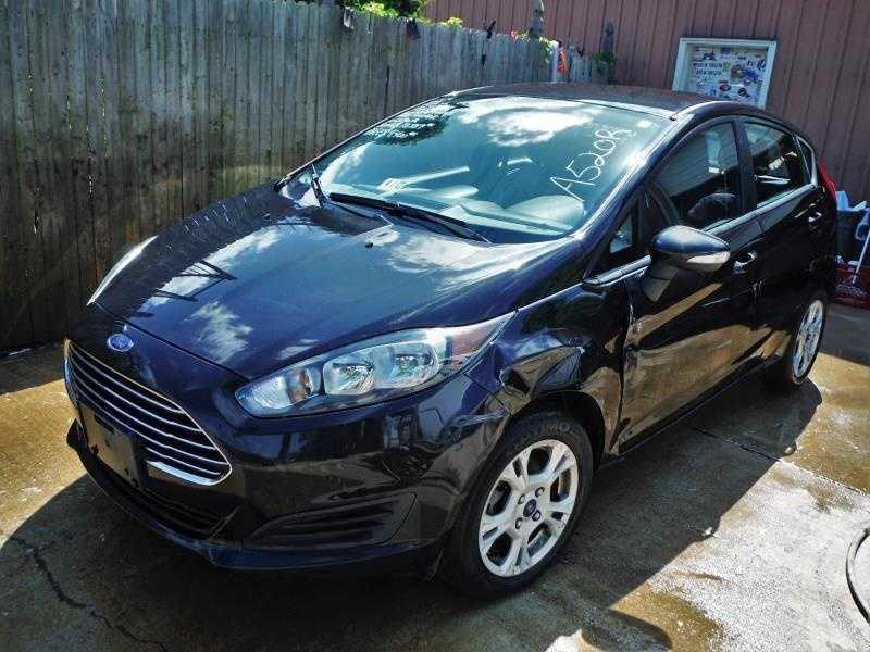 Ford Fiesta 2014 $4495.00 incacar.com