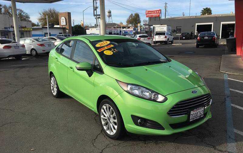 Ford Fiesta 2014 $5950.00 incacar.com