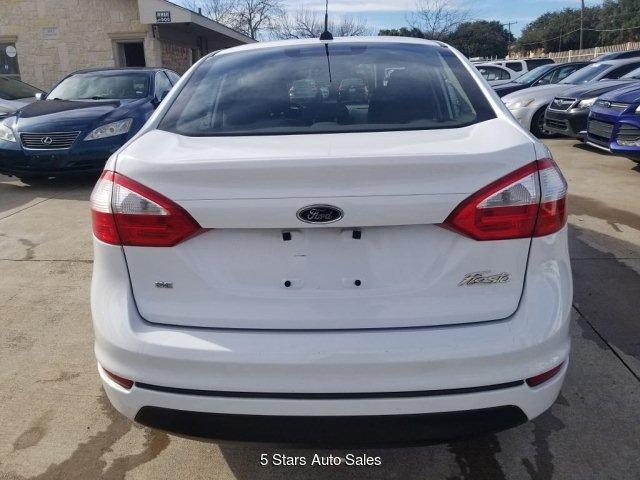 Ford Fiesta 2014 $4500.00 incacar.com