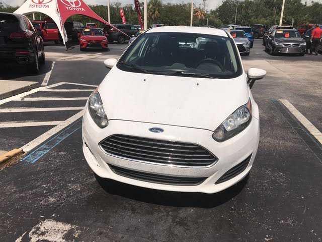 Ford Fiesta 2015 $6492.00 incacar.com