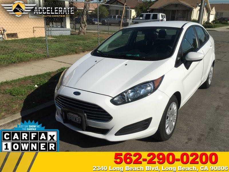 Ford Fiesta 2016 $7700.00 incacar.com
