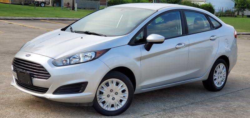 Ford Fiesta 2016 $4900.00 incacar.com