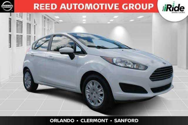 Ford Fiesta 2017 $7999.00 incacar.com