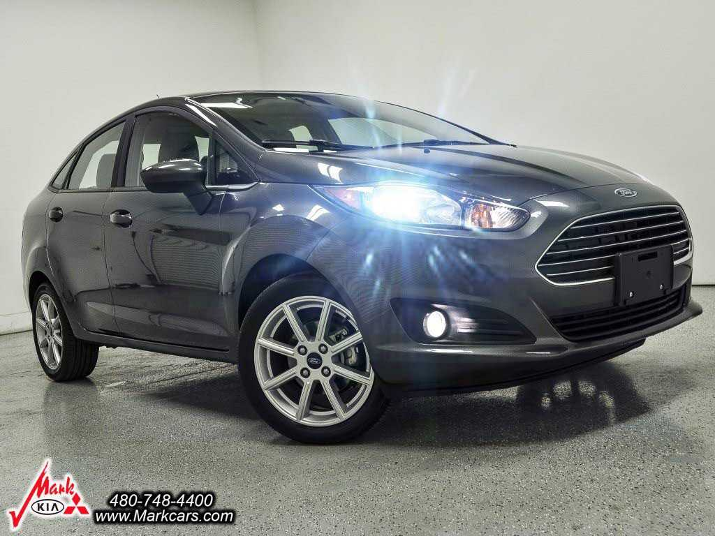 Ford Fiesta 2017 $8998.00 incacar.com