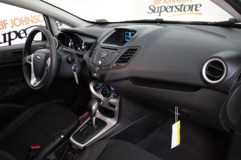 Ford Fiesta 2017 $11875.00 incacar.com