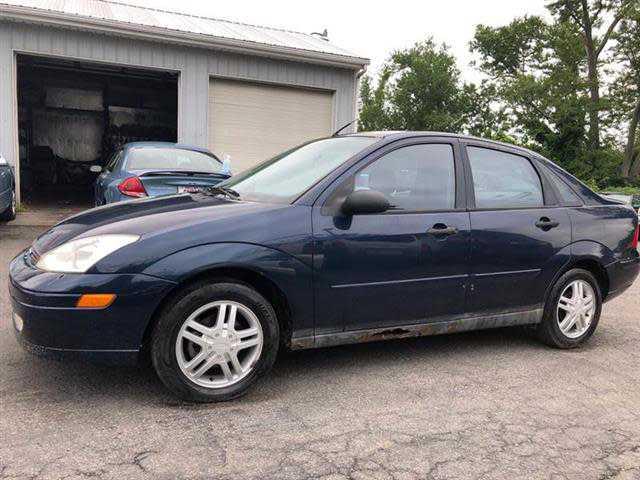 Ford Focus 2001 $995.00 incacar.com