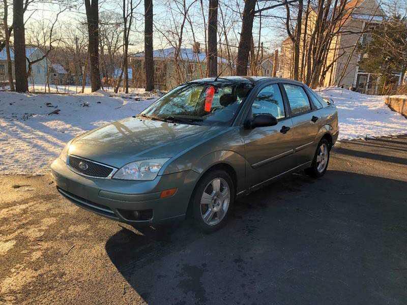 Ford Focus 2005 $1950.00 incacar.com