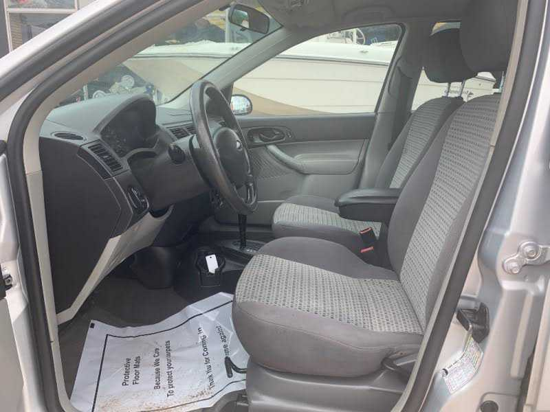 Ford Focus 2006 $1000.00 incacar.com