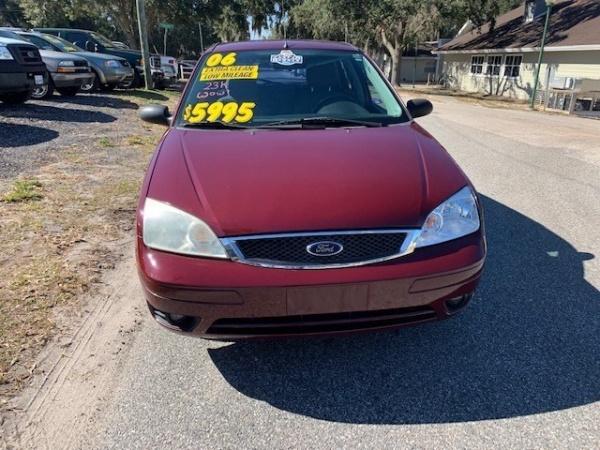 Ford Focus 2006 $4990.00 incacar.com