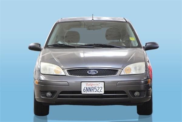 Ford Focus 2006 $3500.00 incacar.com