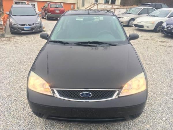 Ford Focus 2007 $3944.00 incacar.com