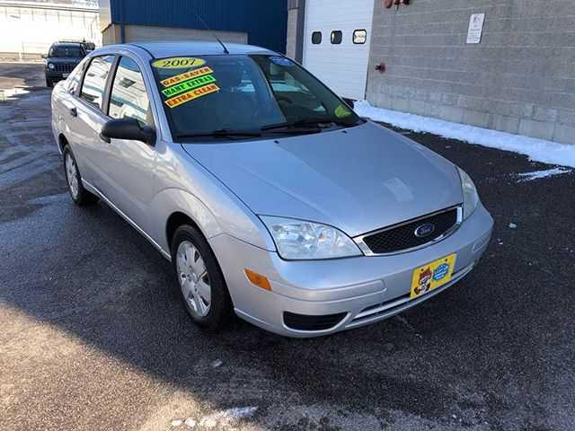 Ford Focus 2007 $1893.00 incacar.com