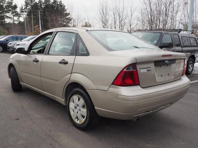 Ford Focus 2007 $2460.00 incacar.com
