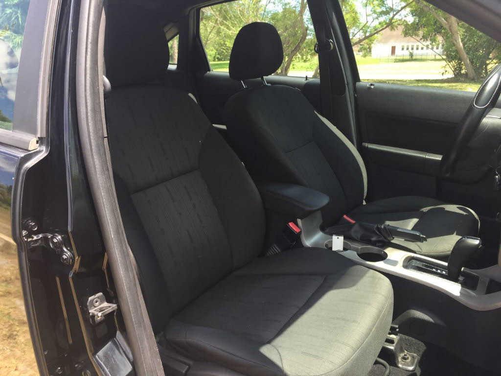 Ford Focus 2010 $1995.00 incacar.com