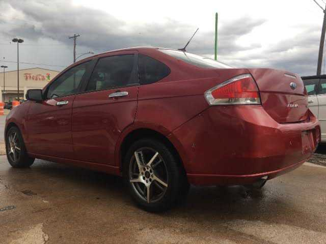 Ford Focus 2010 $2950.00 incacar.com