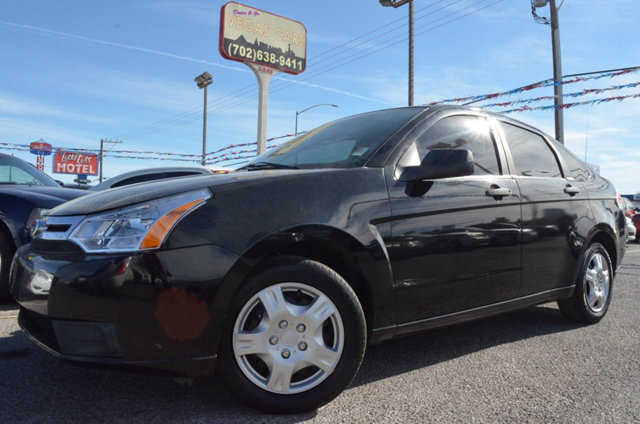 Ford Focus 2011 $6495.00 incacar.com