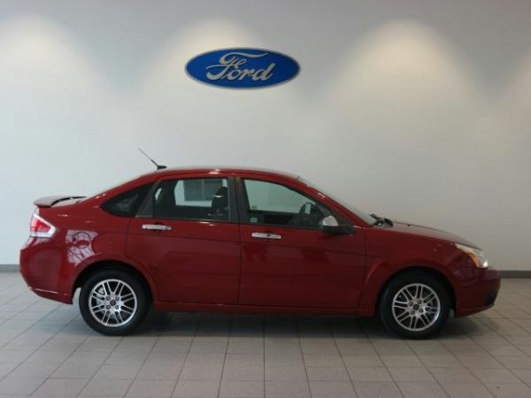 Ford Focus 2011 $4806.00 incacar.com