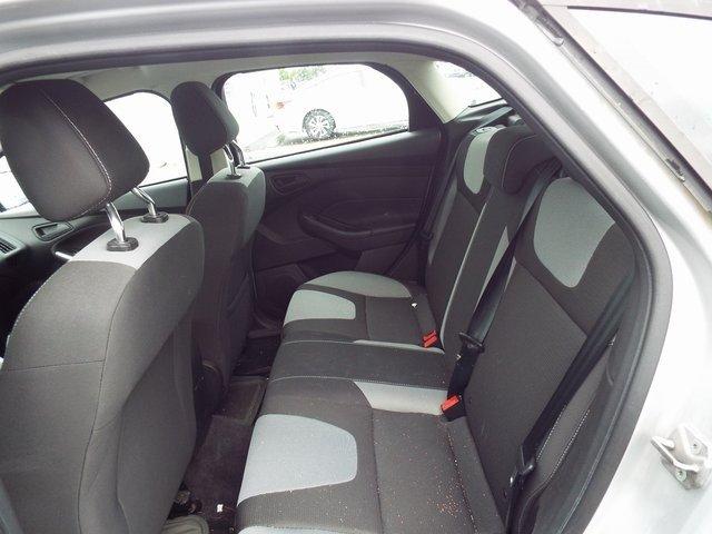 Ford Focus 2012 $8900.00 incacar.com