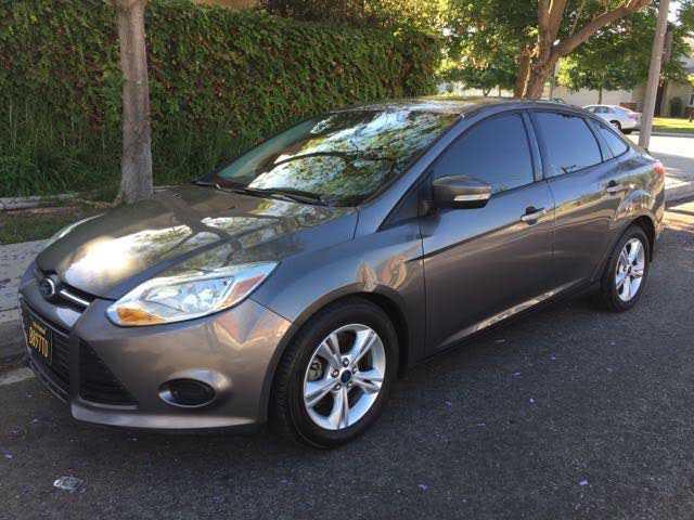 Ford Focus 2013 $5500.00 incacar.com