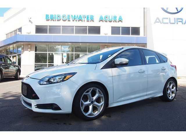 Ford Focus 2013 $16999.00 incacar.com