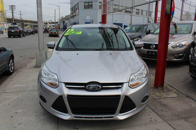 Ford Focus 2013 $7995.00 incacar.com