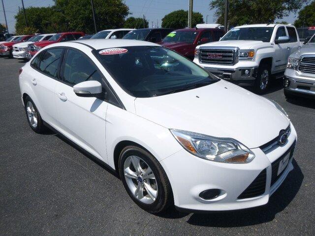 Ford Focus 2014 $10988.00 incacar.com