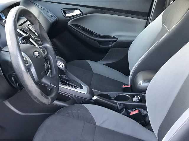 Ford Focus 2014 $5900.00 incacar.com