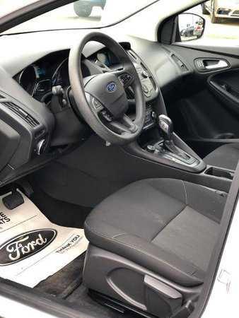 Ford Focus 2015 $11500.00 incacar.com